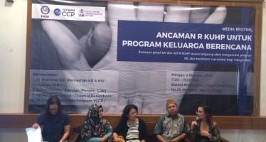 Pasal Mempertunjukkan Alat Pencegah Kehamilan dalam RKUHP Mengancam Program Keluarga Berencana dan Kesehatan Reproduksi Masyarakat