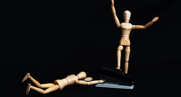 Aparat Penegak Hukum Seharusnya Tak Bangga Menampilkan Perlakuan yang Merendahkan Martabat